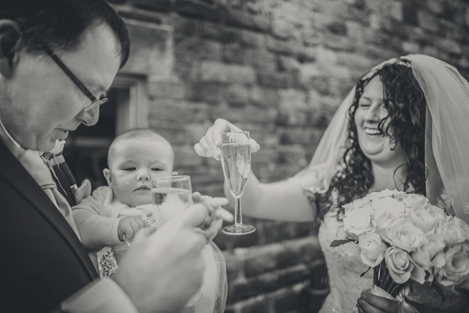 Helen & Steve - The Ashes Barns, Stoke-On-Trent wedding - Les Walas photography, Manchester wedding photographer