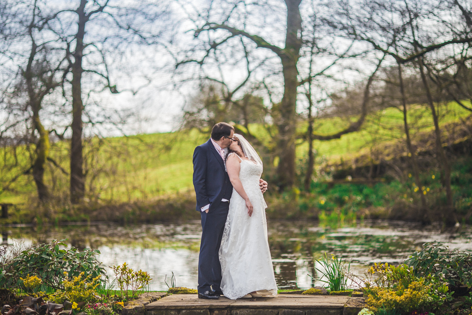 Helen & Steve - The Ashes Barns, Stoke-On-Trent wedding - Les Walas photography, Manchester wedding photographer